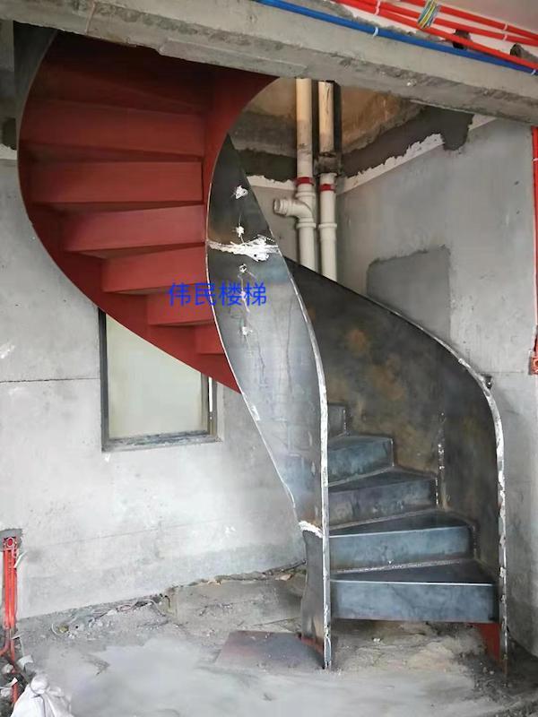 旋转钢架楼梯